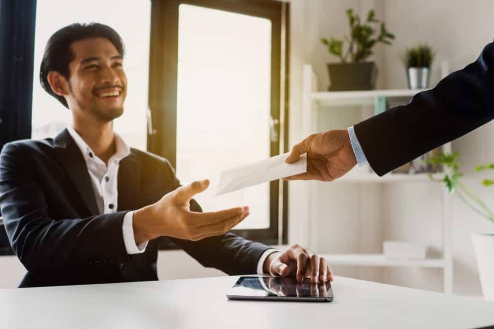 Cara Perhitungan Bonus Tahunan Karyawan di Perusah …
