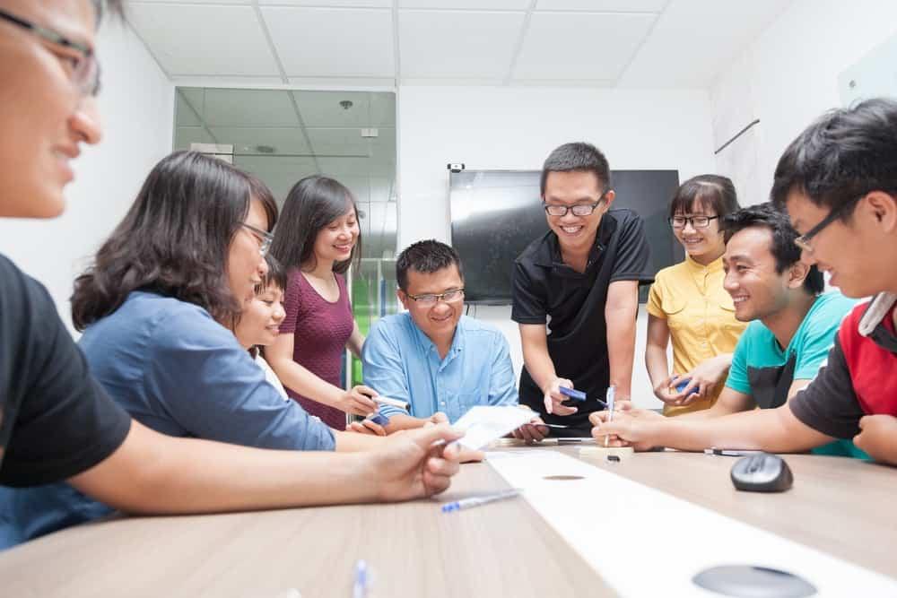 9 Faktor Penting Dalam Menghitung Kompensasi Karyawan
