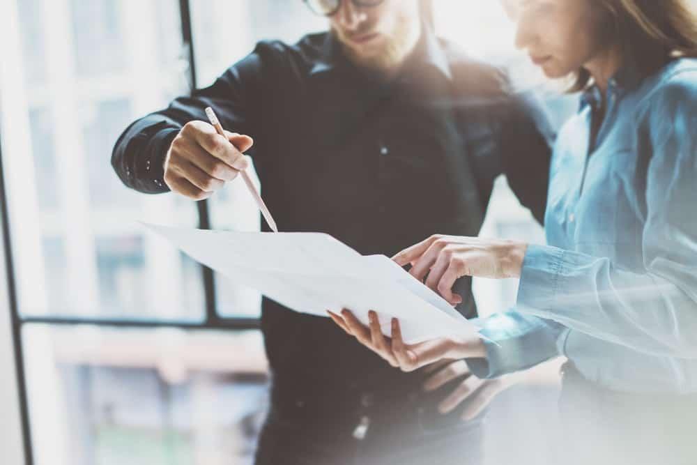 Kurangi Hambatan Teknis Penyebab Terlambatnya Pembayaran Gaji Karyawan dengan Aplikasi HR