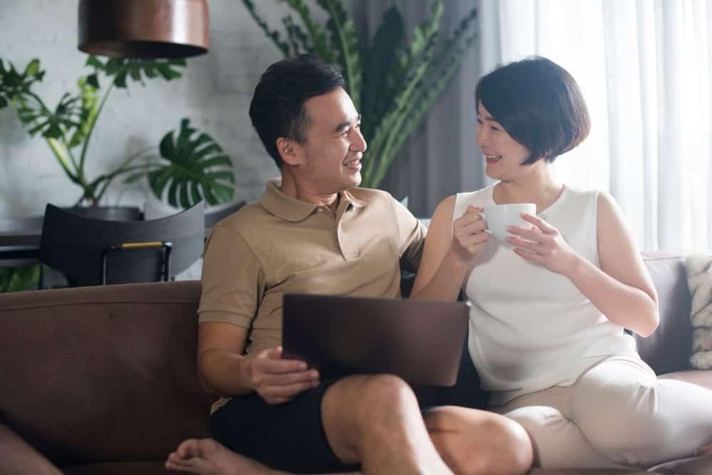 Tunjangan Karyawan dengan Status Menikah? Simak Penjelasannya!