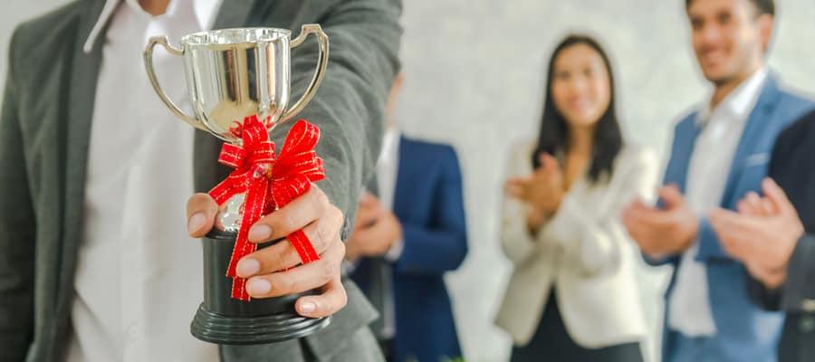 Pemberian Penghargaan Bagi Karyawan Sebagai Bentuk Apresiasi