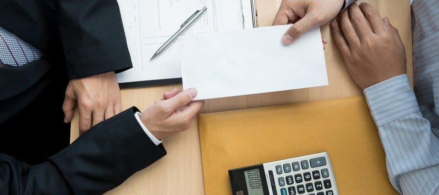 Sanksi Perusahaan yang Tidak Bayar Pesangon Karyawan
