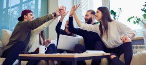 Mengelola Kinerja Karyawan agar Produktivitas Meni …